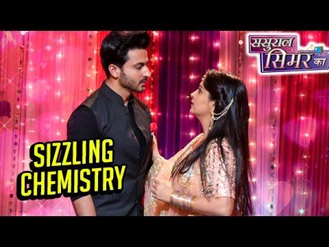 Video Simar & Prem's Sizzling Chemistry In Daughter Anjali's Sangeet | Sasural Simar Ka download in MP3, 3GP, MP4, WEBM, AVI, FLV January 2017