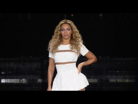 Beyoncé - Run The World (girls) [live + Hd] The Mrs. Carter Show World Tour Intro + Opening