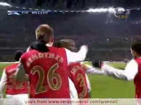 Nicklas Bendtner en el Arsenal