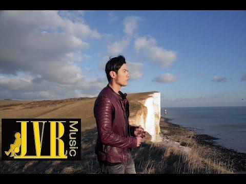 周杰倫(合唱:袁詠琳)【怎麼了】 MV