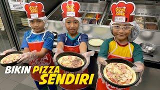 Video Pixel Bikin Pizza Sendiri di Pizza Hut, Seru Banget!!! MP3, 3GP, MP4, WEBM, AVI, FLV Agustus 2019