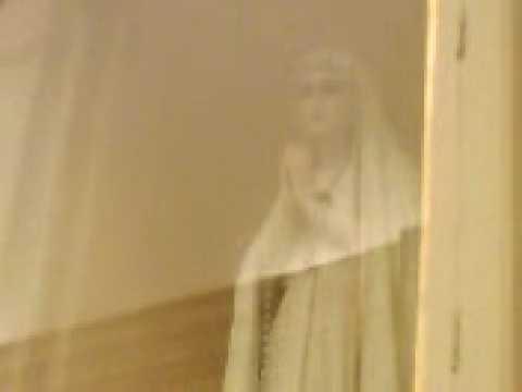 Virgen de fatima que mueve boca y manos
