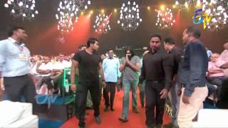 Video Power Star Pawan Kalyan Entry in ETV @ 20 Years Celebrations - 9th August 2015 MP3, 3GP, MP4, WEBM, AVI, FLV September 2018