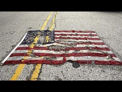 ΗΠΑ: Πορεία για τον ένα χρόνο από τη δολοφονία του Μάικλ Μπράουν