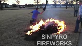 Sinpyro - Fireworks Fails compilatie (klein)