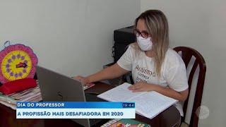 Orelhões viram relíquias nas ruas do interior paulista