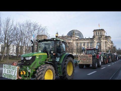 Ξανά τα τρακτέρ στο κέντρο του Βερολίνου