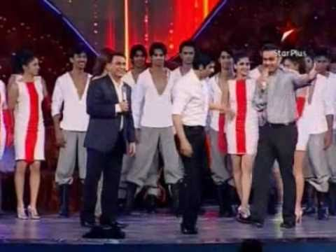 Sachin Dancing With Sharukh Khan And Others!!