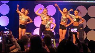 #FLAIR on Stage @ Playlist Live Orlando 2016 | Bratayley