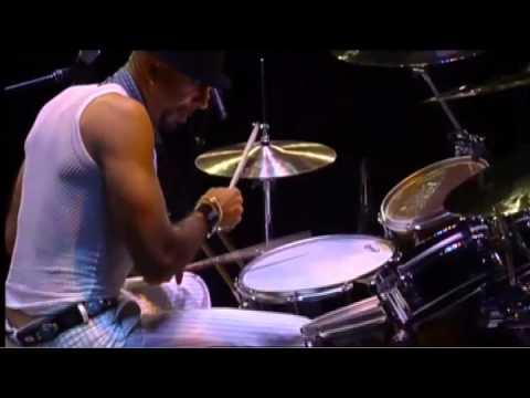 Zoro: Modern Drummer 2005