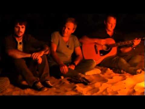 Hombres G con Dani Martin - No te puedo besar (видео)