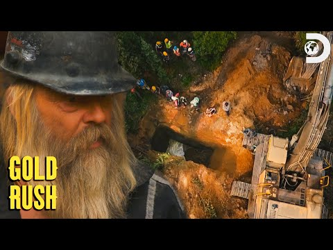 Tony Discovers an Abandoned Mine Shaft! | Gold Rush