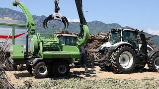 PTH 900 Pezzolato drum wood chipper driven by VALTRA 250 Hp tractor
