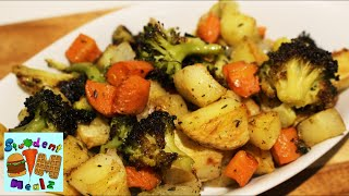 An easy and delicious recipe of how to make oven roasted vegetables! Ready for a healthy veggie dish?! This one is super ...