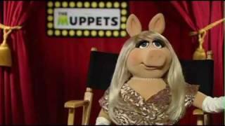 Miss Piggy Junket Interview - The Muppets