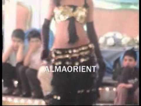 سولو بنات عرض جنس - قص بنت عارىة. بدون ملابس داخلية ARABIC ORIENTAL DRUM SOLO DANCE.