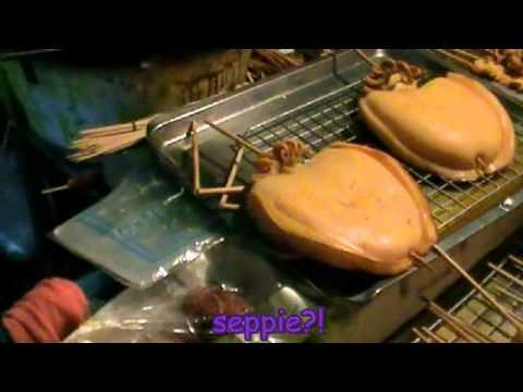 bangkok: insetti fritti ed alimenti stranissimi