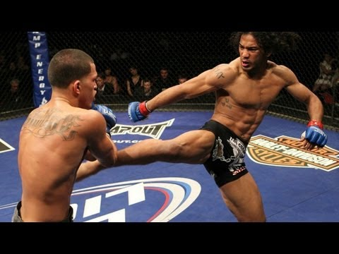 Anthony Pettis Super Kick 720p HD