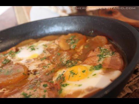 Patatas guisadas con Lomo y huevos