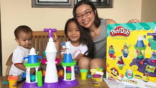 Video Rejeki Anak Rajin | Zara dapat Surprise Playdoh Ice Castle dari Tante Sophia | Lets Play MP3, 3GP, MP4, WEBM, AVI, FLV Mei 2018
