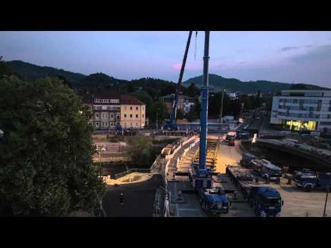 So wurde die Behelfsbrücke in Freiburg aufgebaut