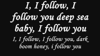 Die Lyrics zu dem song 'I follow rivers' :) & es heißt 'dark doom honey' der fehler tut mir leid.. check our tumblr:...