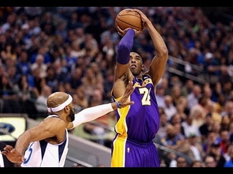 Kobe Bryant Goes for 38 Against Dallas