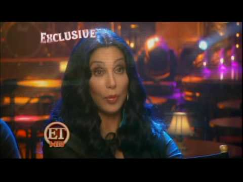 0 Burlesque: interviews with Cher and Christina Aguilera