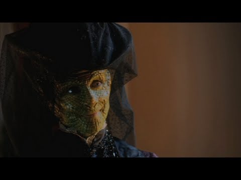 Doctor Who Christmas Special 2012 (Clip)