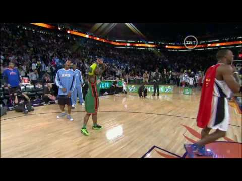 robinson - Nate Robinson Jumps right over Dwight Howard to win the 09 Dunk Contest-HD.