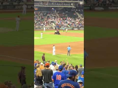Fan Runs On Field @ Citi Field Phillies Mets 7-11-18