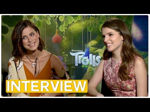 "Anna Kendrick & Lena Meyer-Landrut Exclusive Interview – ""Trolls"""