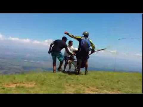 Salto de Parapente - Pico Agudo - Santo Antonio do Pinhal