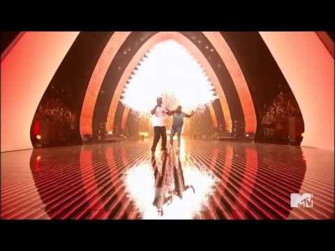 Jay-Z ft. Kanye West - Otis Live 2011 VMA's HD 1080p