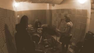 Video Bullfrog - Killer Whale (rehearsal room)