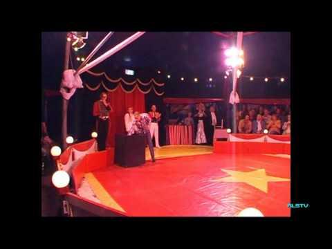 2011-10-18 Circus Rigolo – Prominentenavond – Kegels & Ballenjongleur