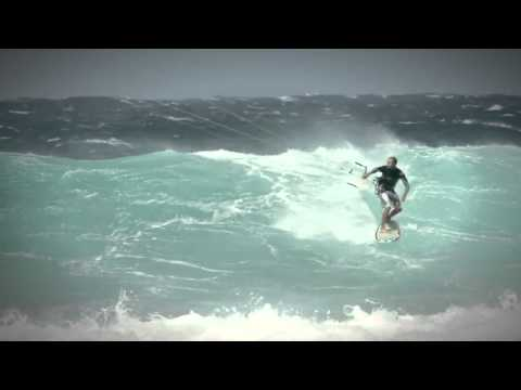 Kitesurfing News - Extreme North Shore Kitesurfing &#8211; Blade Kites