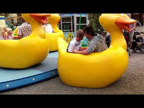 Amusement Park Duck Ride Spin Out