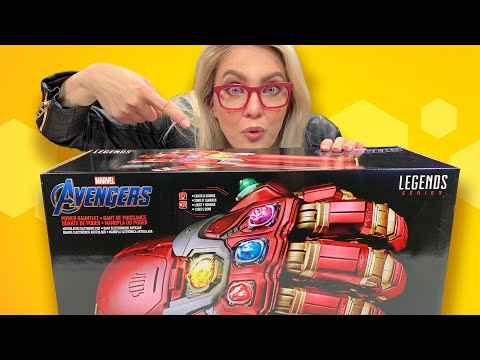 Avengers: Endgame Power Gauntlet Unboxing