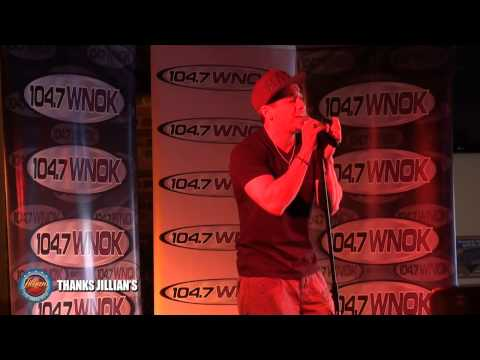VIDEO: Stefano Lunch Performance at Jillian's
