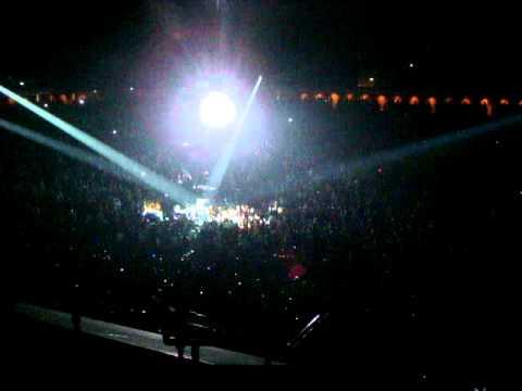 Michael Bublé - Home (Acoustic Live in Singapore)