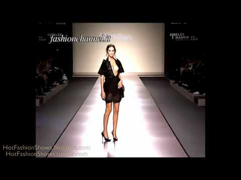 fashion shows - Are you over 18? See the hottest part (part2/2) http://tinyurl.com/HotFashionShows001part2.
