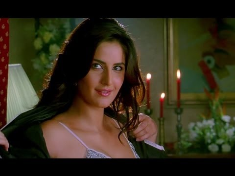 Video Katrina Kaif tries to take off her clothes download in MP3, 3GP, MP4, WEBM, AVI, FLV January 2017