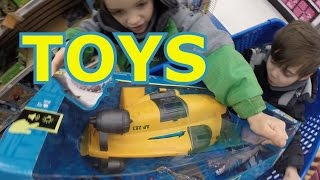 Toy Store Shopping TOYS R US Animal Planet SUBMARINE Play Set