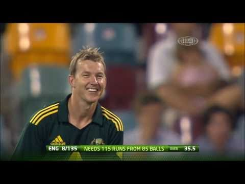 Funny Cricket Moment: Runner confuses fielding team