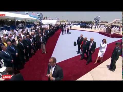 Melania Trump swatting Donald's hand away