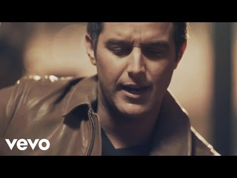 Corbin - Download Now! iTunes - http://smarturl.it/gilsxu?IQid=VEVO Music video by Easton Corbin performing Clockwork. (C) 2014 Mercury Records, a Division of UMG Rec...