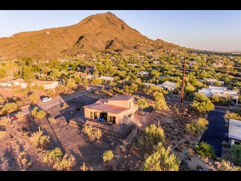 Modern Custom 2020 Hideawy by the Trails & Shops of Cave Creek Arizona видео