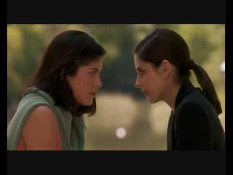 Cruel Intentions - Kathryn & Cecile kissing scene