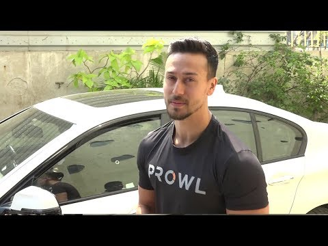 Video Tiger Shroff's GRAND ENTRY In Baaghi  2 New Look At Prowl Brand Launch download in MP3, 3GP, MP4, WEBM, AVI, FLV January 2017
